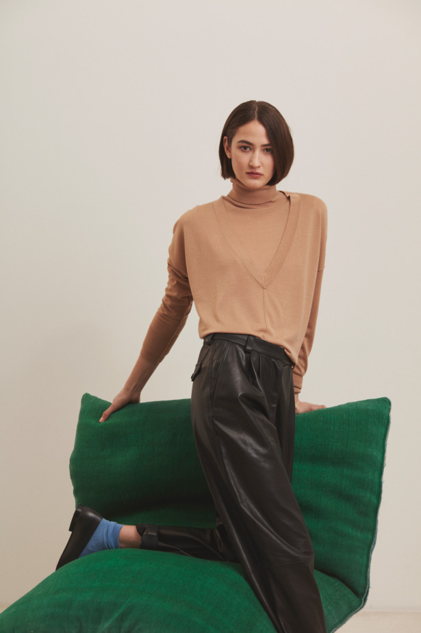 Camel jumper with leather pants